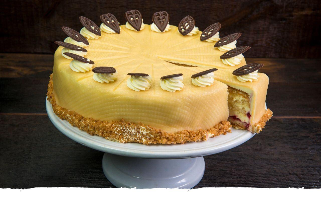 Buttercremetorte von der Bäckerei Brinker